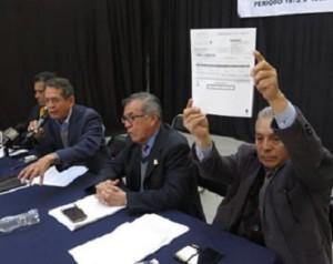 Exhiben fraude por 9.9 billones de pesos en sistema de pensiones