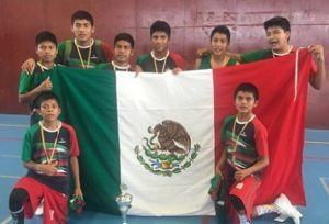 Niños triquis, campeones de la Copa Barcelona 2016 1