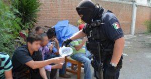 rescatan-a-diez-migrantes-en-operativo