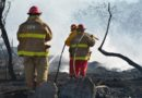 Bomberos de PEMEX y PC sofocan incendio en Salina Cruz